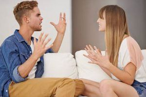 pareja  con conflictos